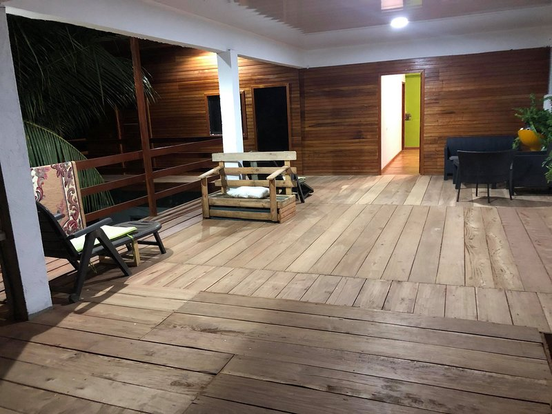 Natural Wooden Eco-friendly House, vacation rental in Sao Tome Island