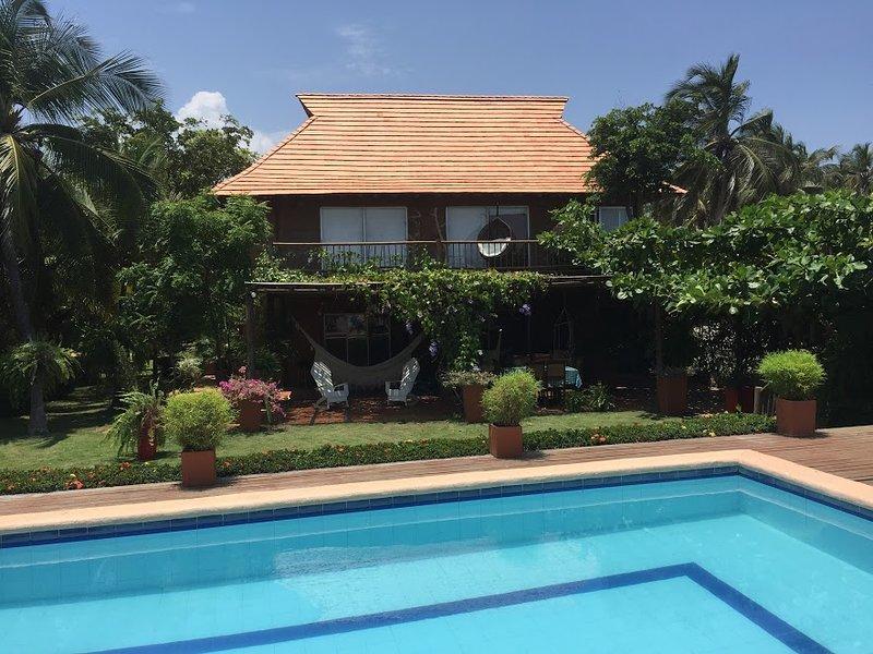 Country cottage in front of the caribbean sea, aluguéis de temporada em Santa Marta