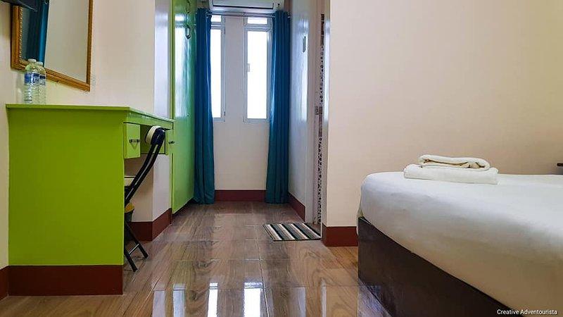 M2R Apartelle, Ferienwohnung in Panay Island