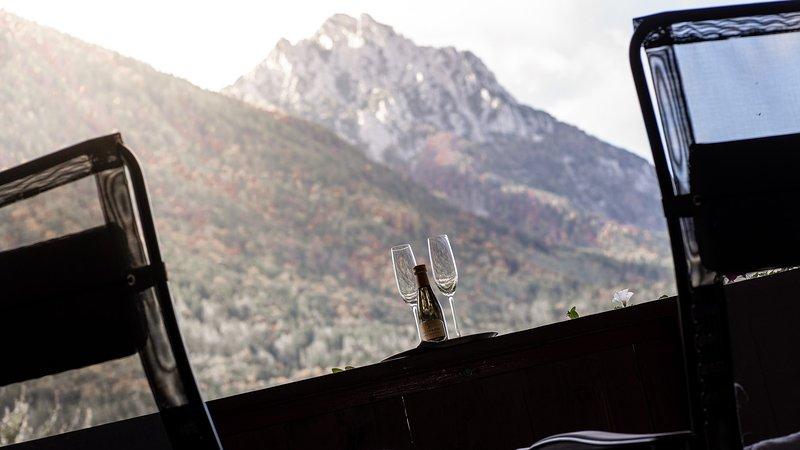 Blick auf den Hochstaufen vom Balkon 'Schlossblick'