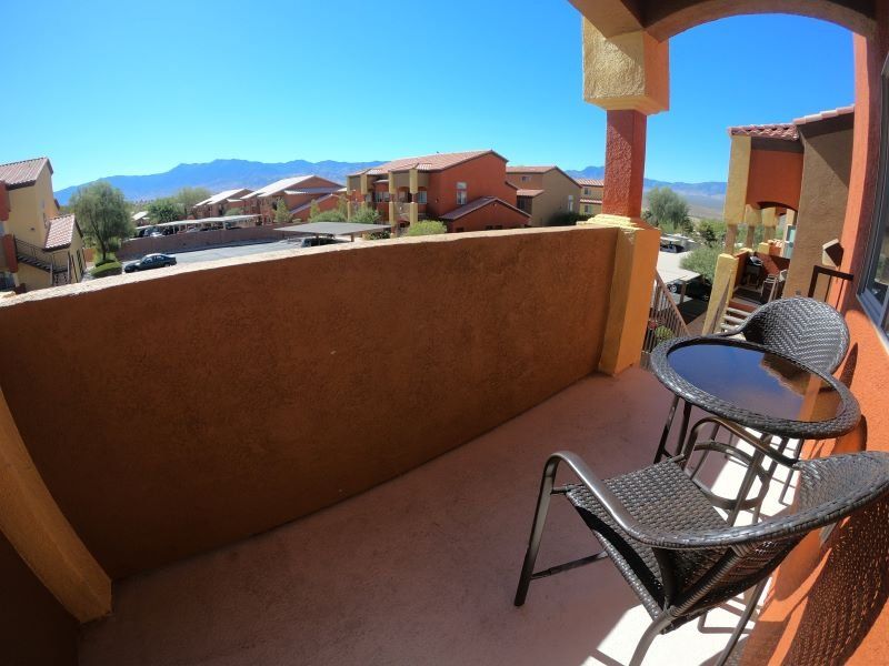 Condo with Year Round Pool, Near Famous Golf Courses, holiday rental in Mesquite