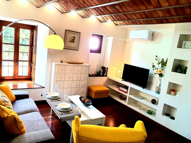 New Almocabar Luxury Apartment – semesterbostad i Ronda