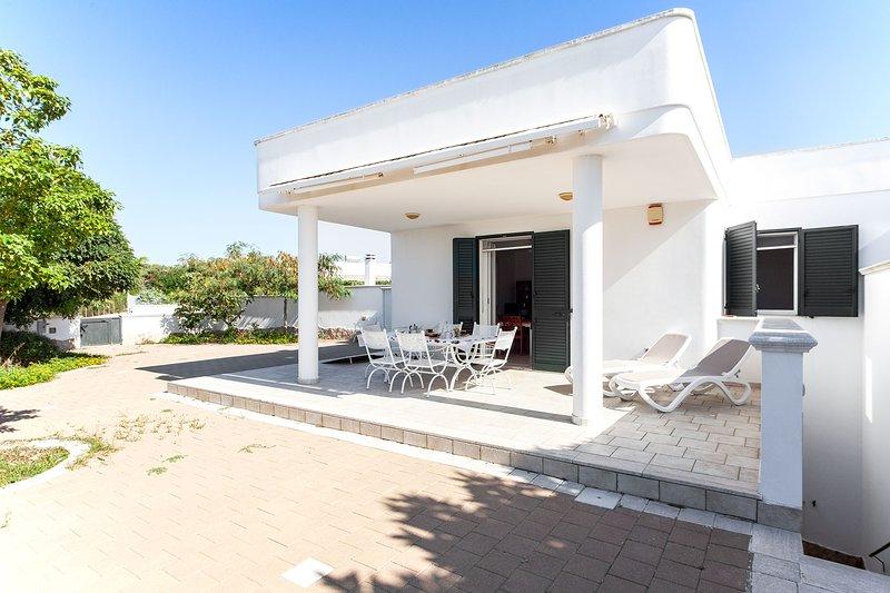 Villetta Spiaggia Maldive 3 Camere e 2 bagni m610 – semesterbostad i Pescoluse