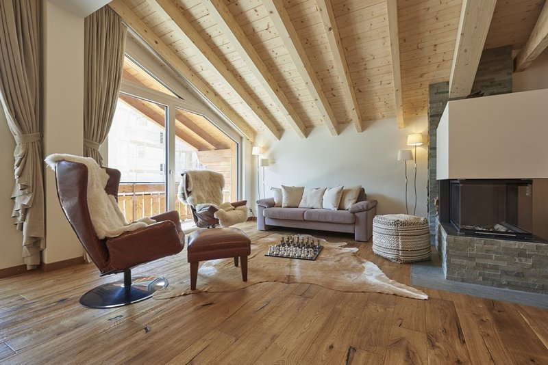 Penthouse Tschugge - 3 bedroom - Ski Apartment Chalet in Zermatt