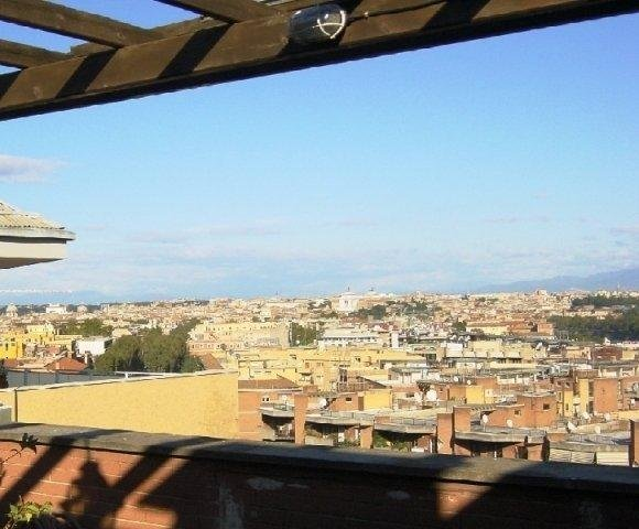 Flatinrome Trastevere 10, alquiler vacacional en Il Casaletto