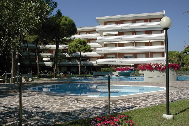 Residence Meridiana B1, vacation rental in Lignano Riviera