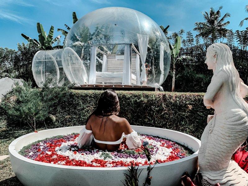 Bubble Hotel Ubud with Bathtub under the Sky, holiday rental in Bangli