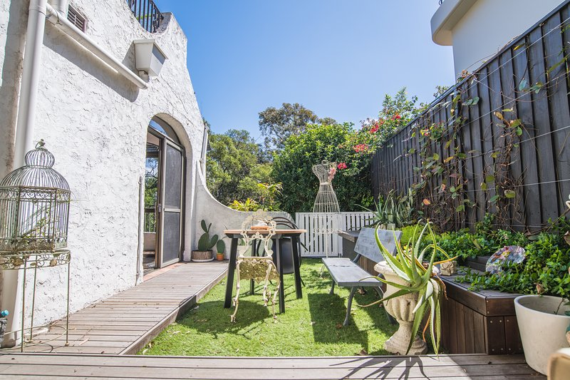 Beautifully Decorated Pre-Loved HOME in Double Bay, holiday rental in Double Bay
