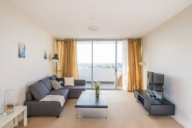 Comfy Apt with parking in the heart of Hurstville, casa vacanza a Padstow