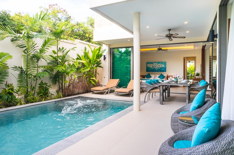Laem Ka Modern Rawai Villa, casa vacanza a Ko He