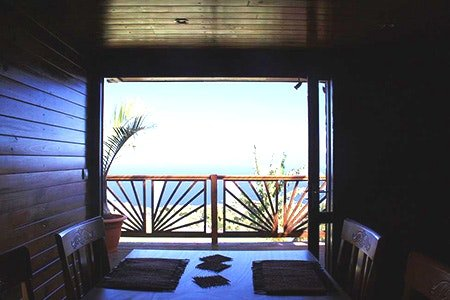 Beautiful bungalow with sea view, vacation rental in Petite-Ile