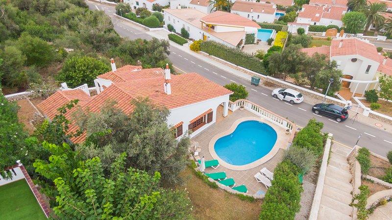 Villa Maria vistas increibles al mar, tranquilidad,piscina privada,wiffi,barbaco, holiday rental in Santo Tomas