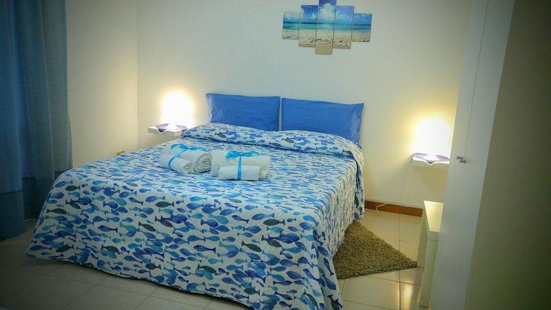 Tra Taormina e Catania meravigliosa casa con vista sull'Etna, holiday rental in Pozzillo