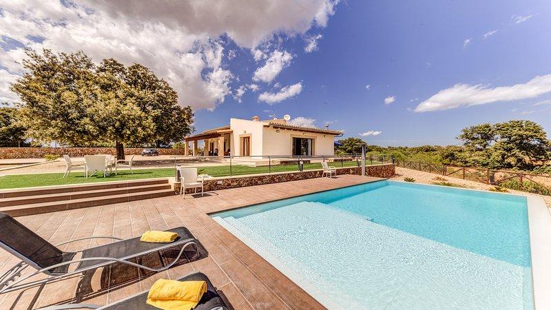 Villa Magnolia, holiday rental in Muro