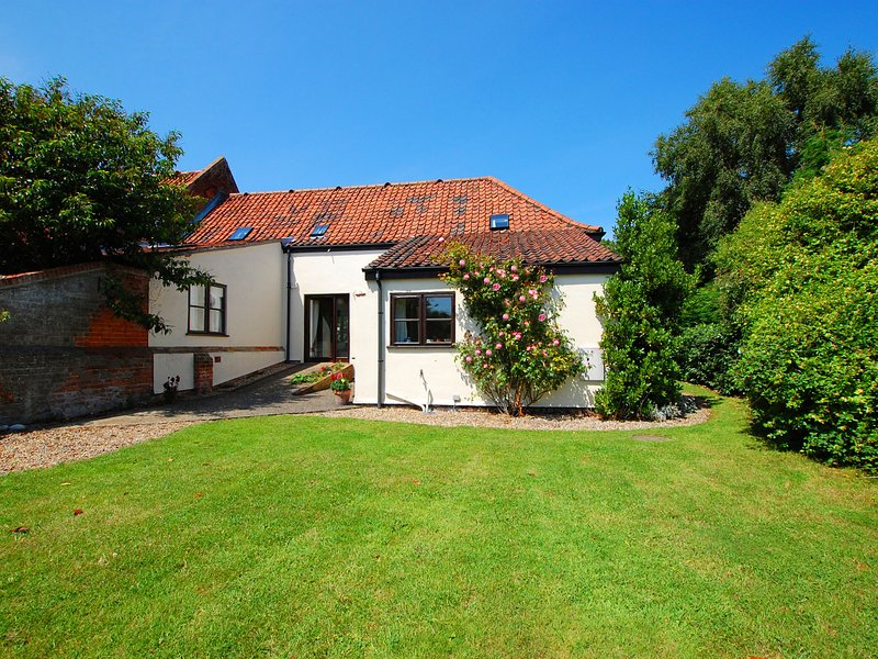 Traditional holiday home near the coast and Norfolk, Ferienwohnung in West Somerton
