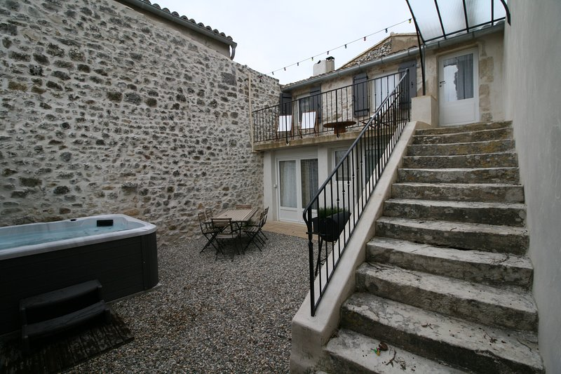 Gîte de charme Le Bois De Lune, holiday rental in Saint-Maurice-de-Cazevieille