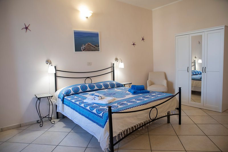 Casa Vacanze Mare Blue - Vietri sul Mare - Amalfi Coast, aluguéis de temporada em Vietri sul Mare