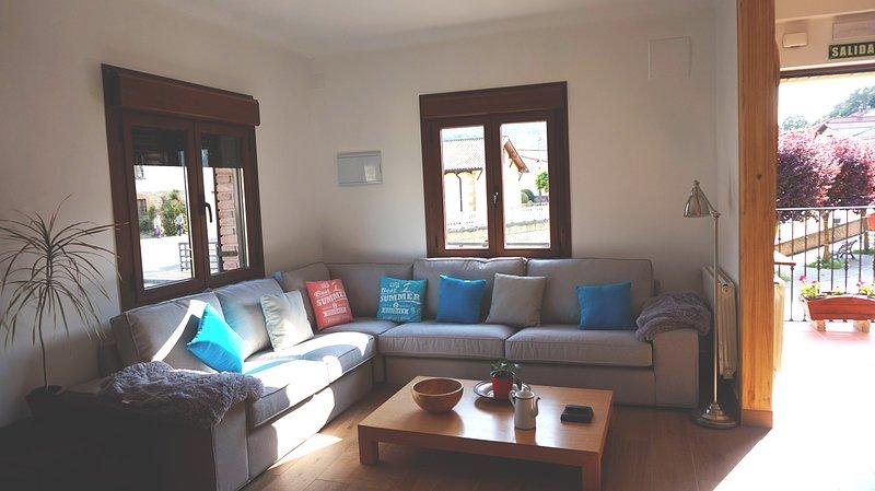 El Hayedo del León Dormido, casa  9 huéspedes, holiday rental in Okariz