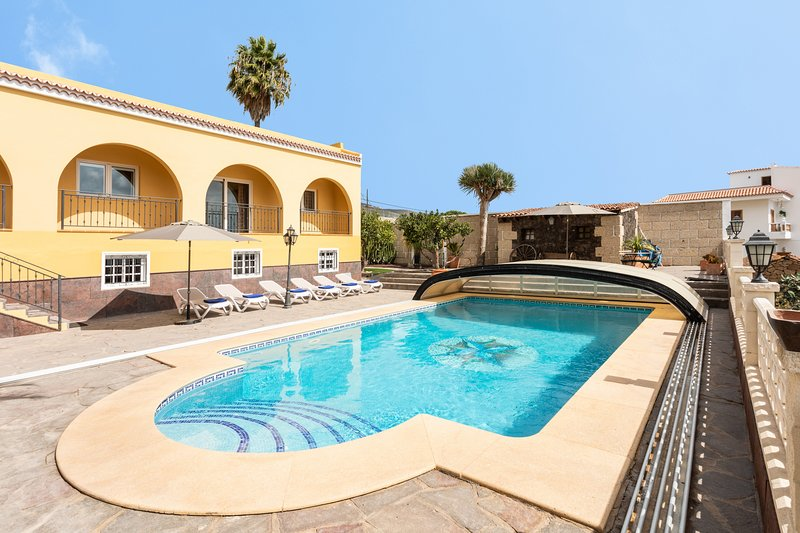Luxury Villa Benahoare, vacation rental in Las Chafiras