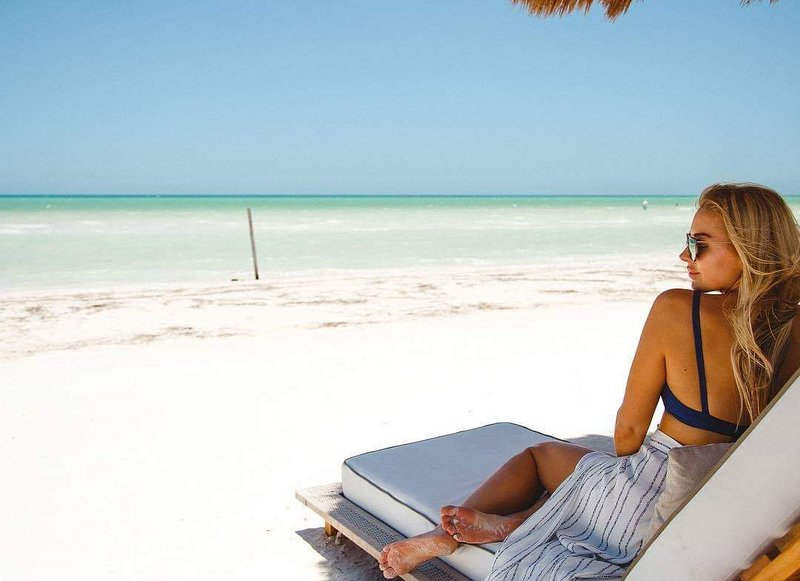 Punta Cancun beach