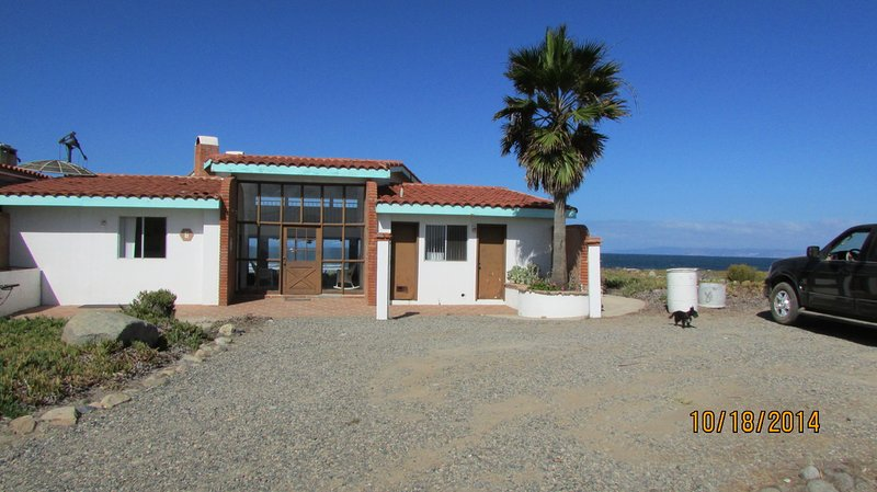 PERICOS OCEANFRONT, holiday rental in Lengueta Arenosa