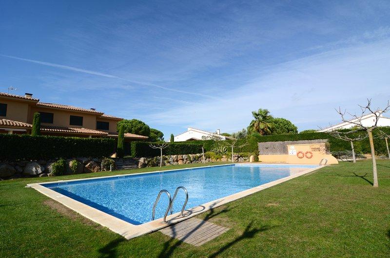 BIRDIE CLUB 25, vacation rental in Playa de Pals