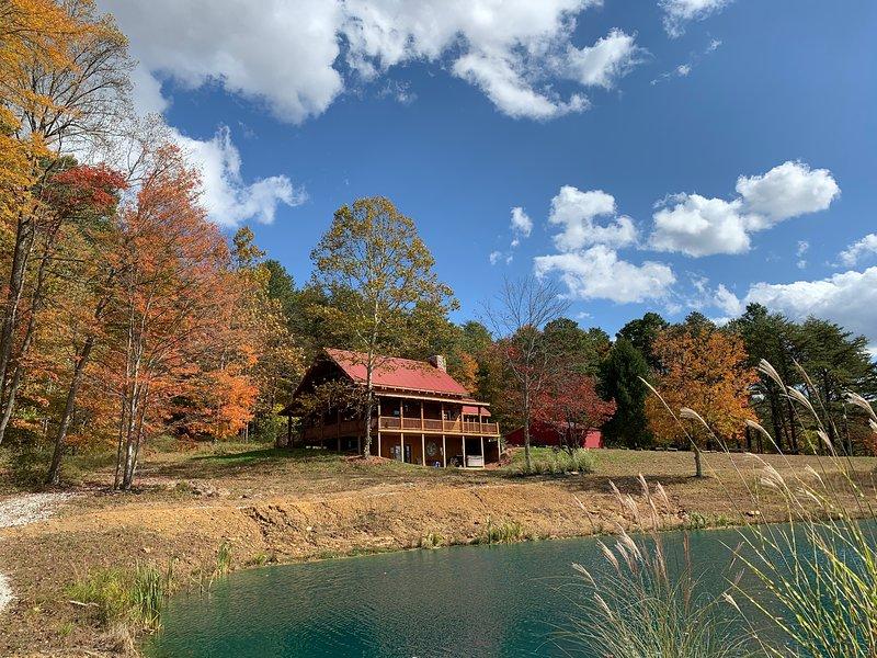 Hawking Pond Cabin, casa vacanza a Kingston