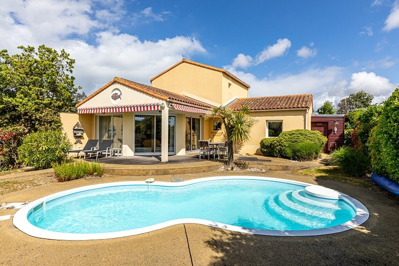 Vendee Villa Sophora 8P private heatable pool, vacation rental in Vendee