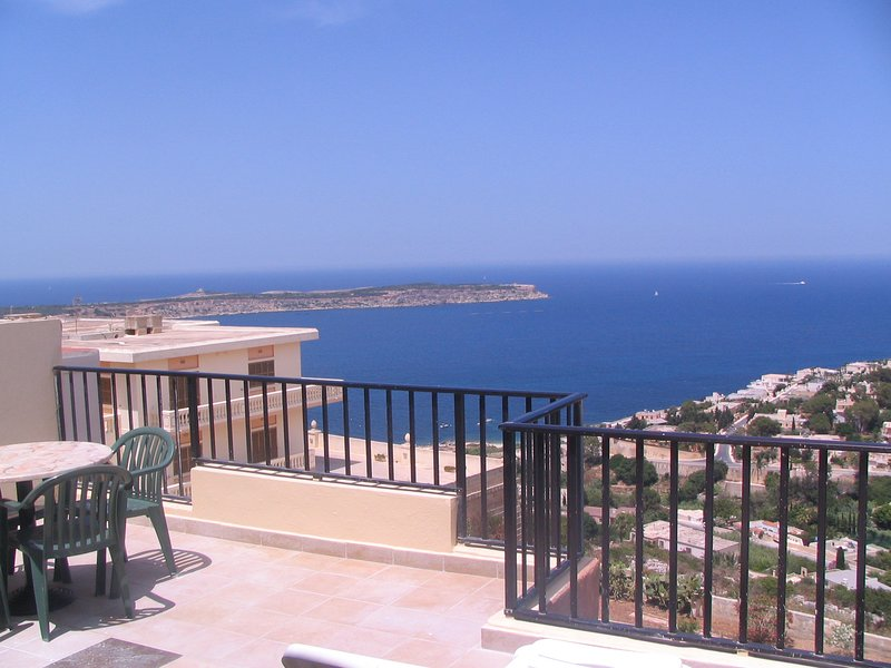 Two bedroom penthouse sea and valley views D, holiday rental in Marfa