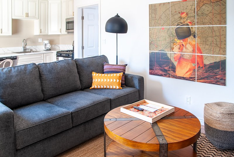 Cozy 1BR Apt near Mission Bay #16 by WanderJaunt, vacation rental in Elvira