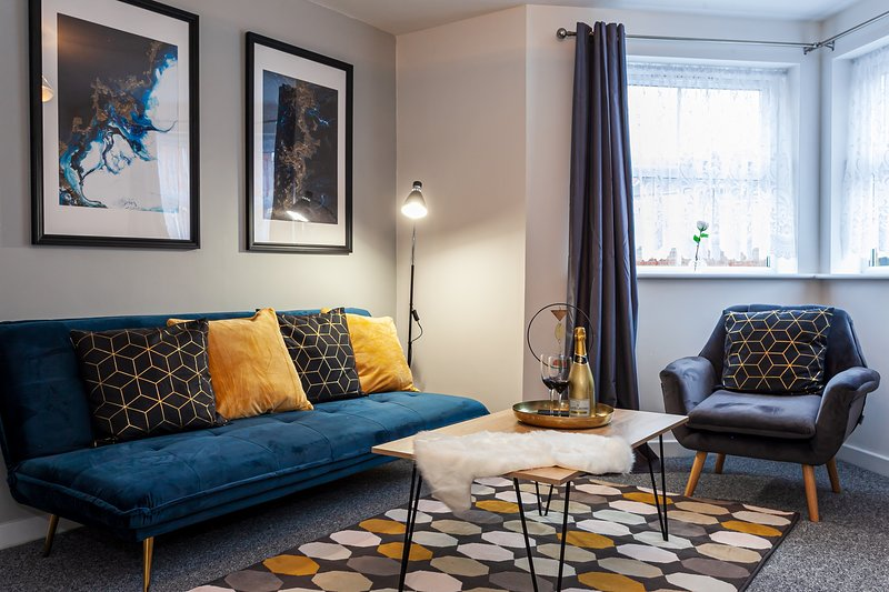 Stylish Flat Near Coventry City Centre With Free Parking & Netflix, alquiler vacacional en Coventry