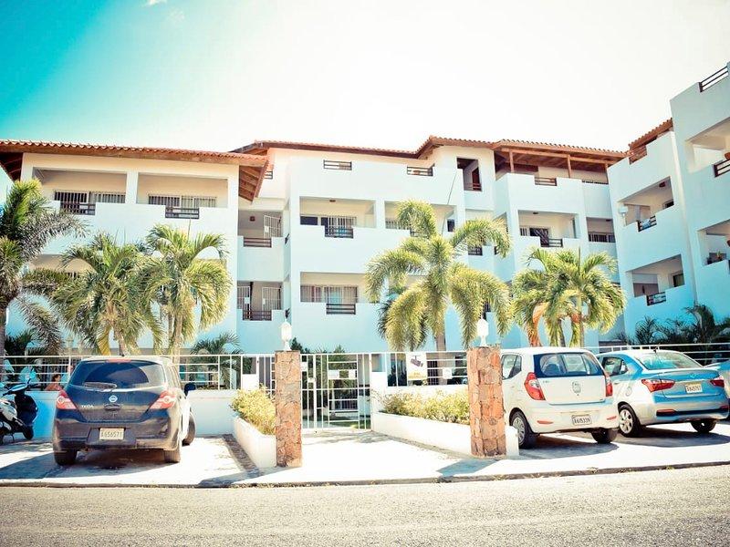 Vittoria House Apartments 210, holiday rental in Bayahibe