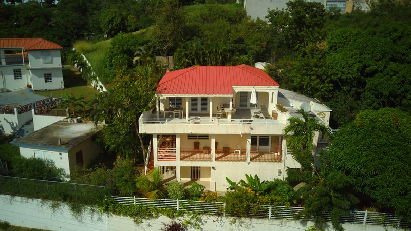 Casa Ventanas - Second Floor with Big Views, holiday rental in Isabel Segunda