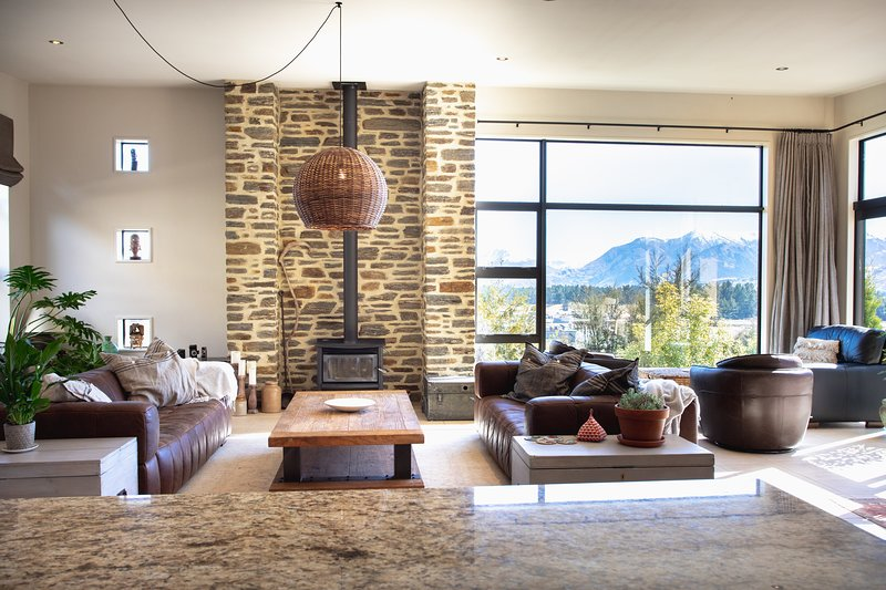 Release Wanaka - Aubrey House, views of the Southern Alps from this luxury holiday rental home