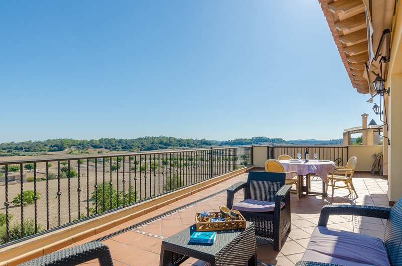 CAN NADAL - ADULTS ONLY - Property for 6 people in Sineu, vacation rental in Sineu