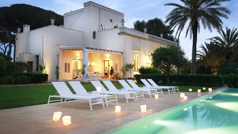 Luxury villa Certosa, holiday rental in Squinzano