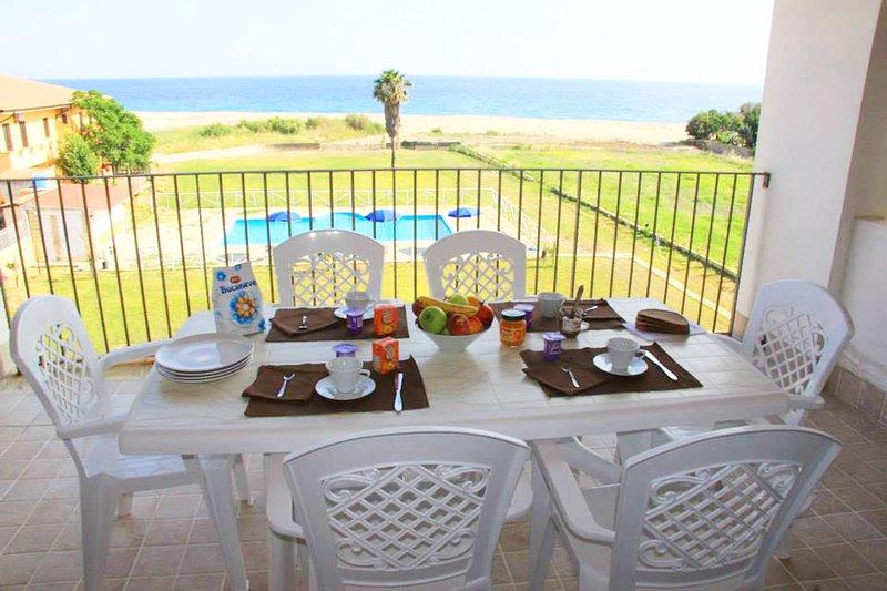 Residence Barko Le Castella | Bilocale Vista Mare, vakantiewoning in Sellia Marina
