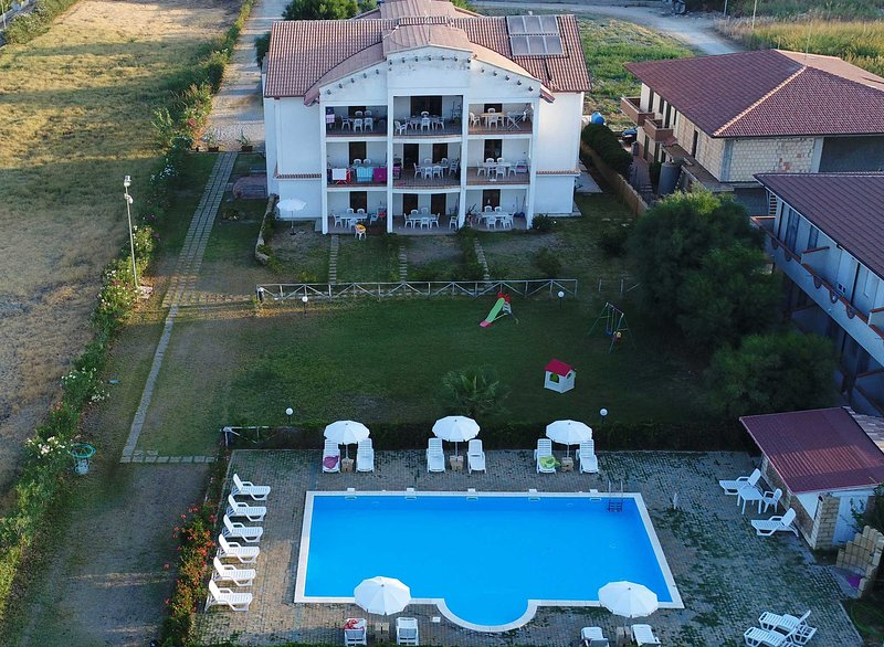 Residence Barko Le Castella | Trilocale Vista Mare, vakantiewoning in Sellia Marina