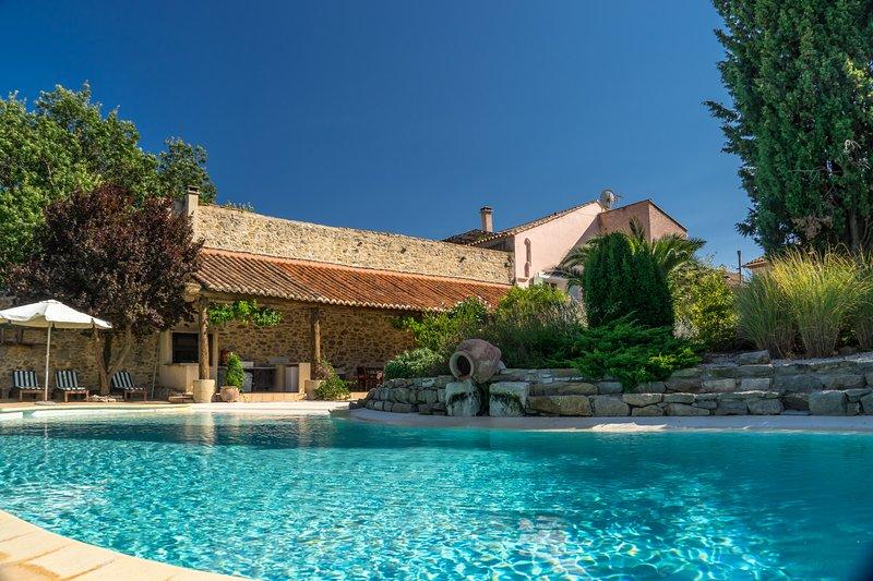 maison d hotes le coq du nord     ( prix  pour 2 personnes maxi ) pour 1 chambre, holiday rental in Aigne