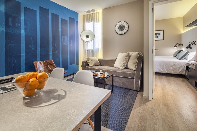 New quite 2 bedroom Sagrada Familia, vacation rental in Vallmanya