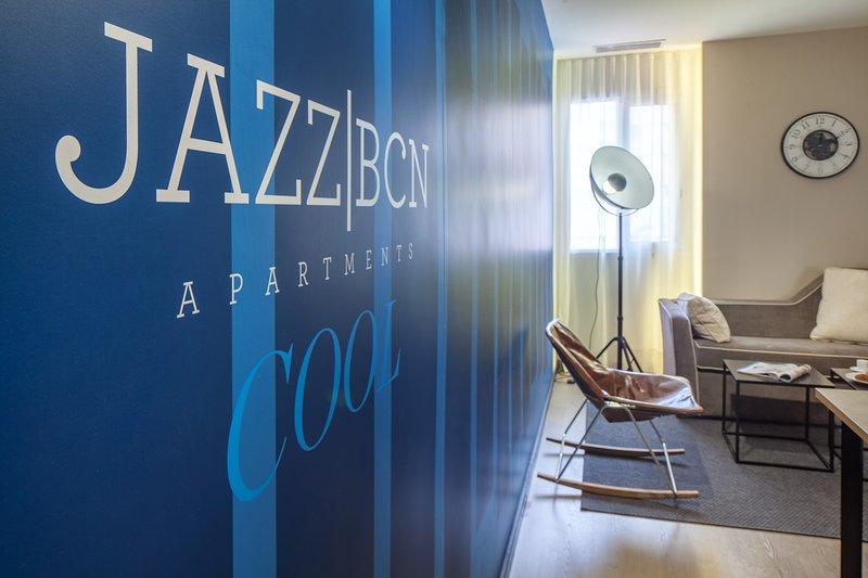 Stunning 2 bdrm apartment next to Sagrada Familia, vacation rental in Vallmanya