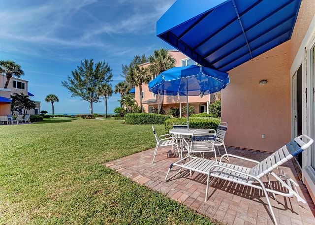 Unit #105 Sand Cay Beach Resort Gulf View, holiday rental in Longboat Key