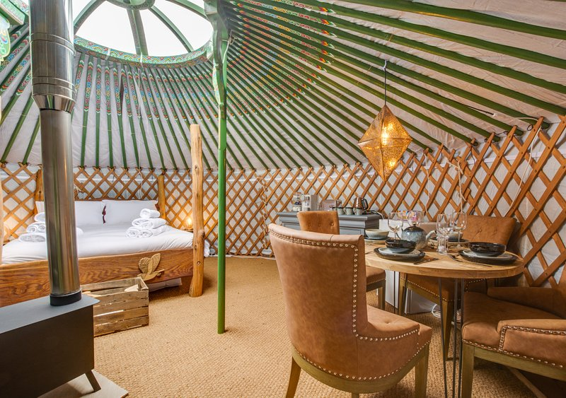 Barn Owl Yurt, holiday rental in Raydale