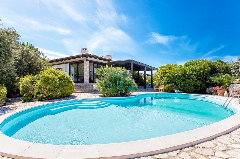 Villa Paraiba, casa vacanza a Villanova Monteleone