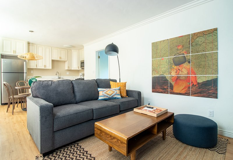 Charming 1BR near Mission Bay #13 by WanderJaunt, vacation rental in Elvira