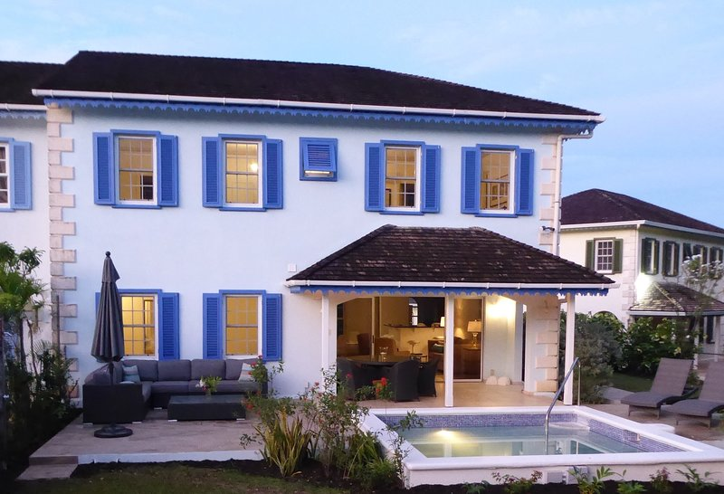 Lovely, quiet Villa with Private Pool Near the Best Beach in Barbados, holiday rental in Porters