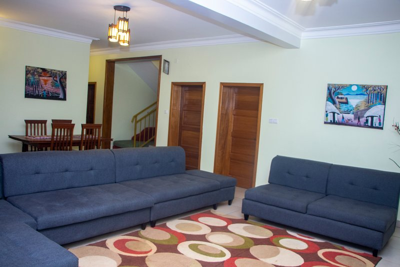 Cosy Private room with hottub virunga my Place, holiday rental in Kigali