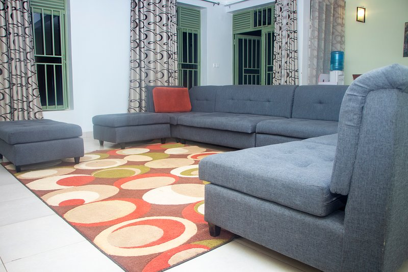 Spacious private room kivu MyPlace, holiday rental in Kigali