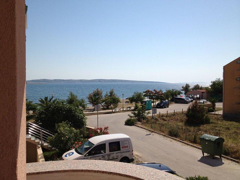 Sab - 40 m from beach: A5(4+2) - Povljana, holiday rental in Povljana