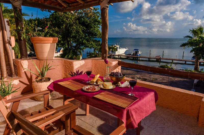 Romantic Sunset View, holiday rental in Cancun